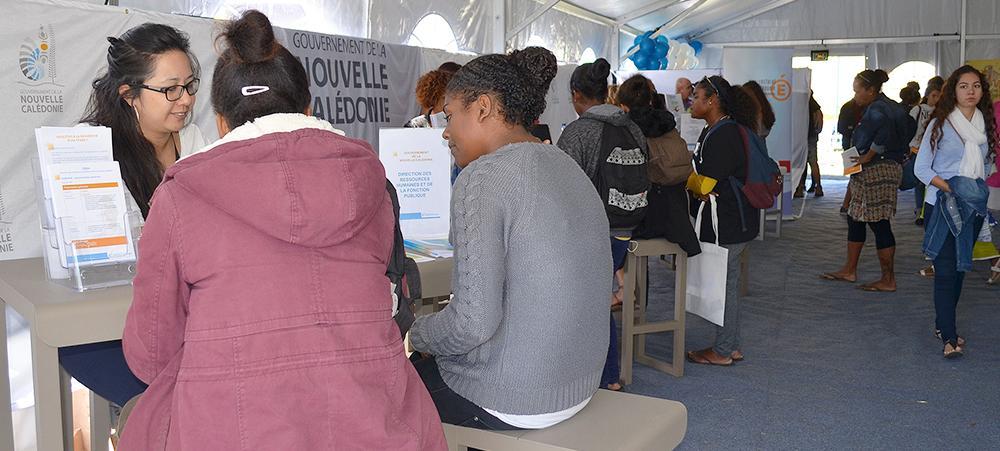 La fonction publique au salon de l tudiant direction des ressources humaines et de la - Salon de la fonction publique ...